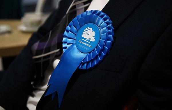 ბრიტანეთის პარლამენტში უმრავლესობა კონსერვატორებმა მოიპოვეს