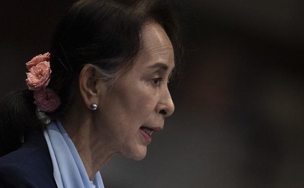 აუნ სან სუ ჩი ჰააგის სასამართლოში მიანმარის მიერ გენოციდზე ბრალდებებს უარყოფს
