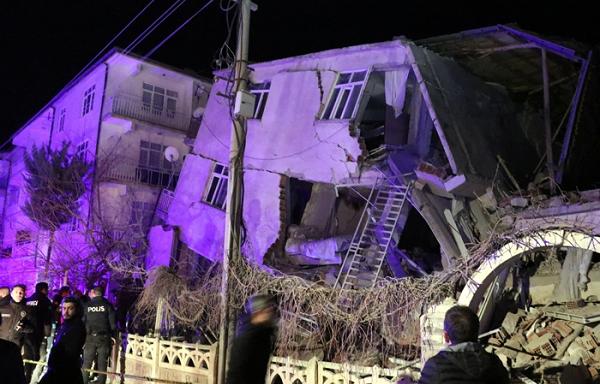 თურქეთში მიწისძვრის შედეგად დაღუპულთა რიცხვი 22-მდე გაიზარდა