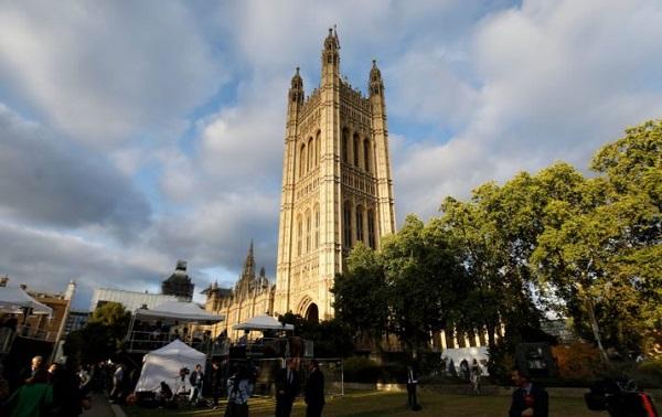 ბრიტანეთის პარლამენტმა ბრექსიტის კანონპროექტი დაამტკიცა