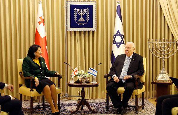 სალომე ზურაბიშვილმა ისრაელის პრეზიდენტს სთხოვა, შეახსენოს მსოფლიო ლიდერებს, რომ საქართველოს მცოცავი ოკუპაცია ვერასოდეს წაადგება მშვიდობას რეგიონში