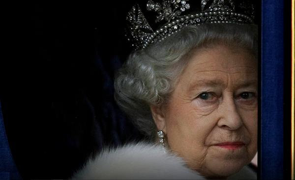 დედოფალი ელისაბედ II პრინც ჰარის გადაწყვეტილებით, იმედგაცრუებულია