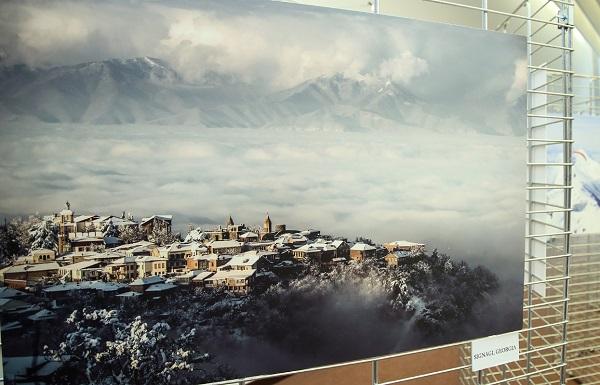 ევროპის საბჭოს შენობაში საქართველოს ზამთრის ტურისტული პოტენციალის ამსახველი ფოტოგამოფენა გაიხსნა
