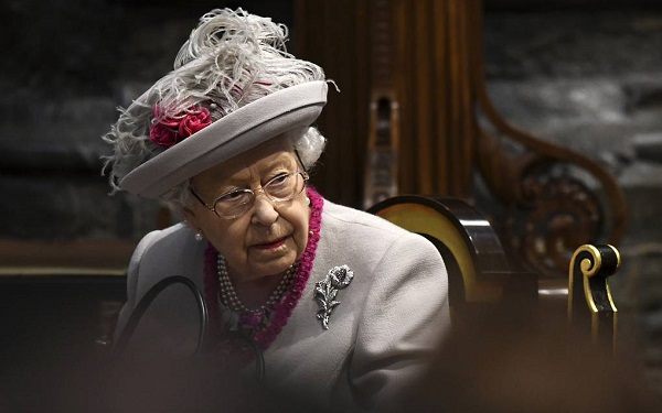 ელისაბედ II პრინცი ჰარისა და მეგან მარკლის სურვილს მხარს უჭერს