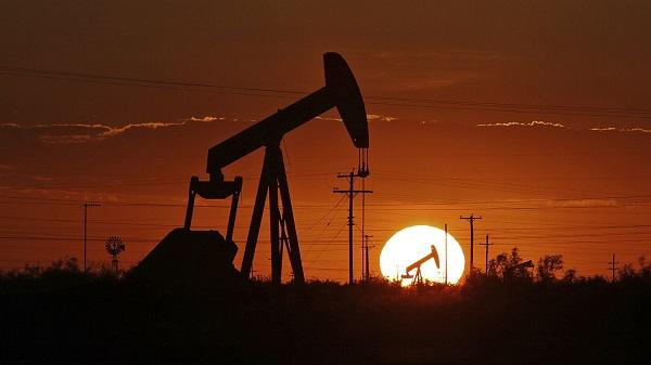აშშ–ში ნედლი ნავთობის მარაგები 2,5 მლნ ბარელით შემცირდა
