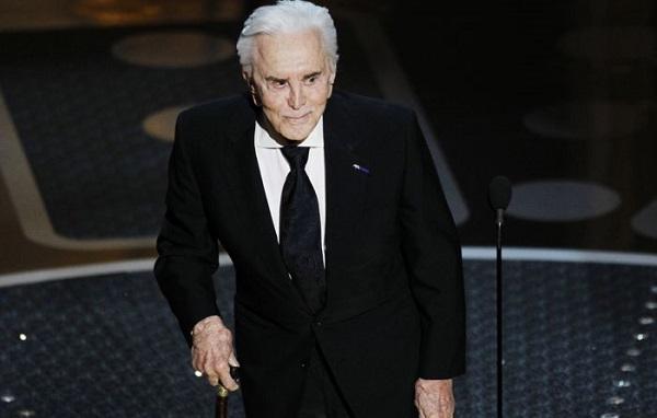მსახიობი კირკ დუგლასი 103 წლის ასაკში გარდაიცვალა