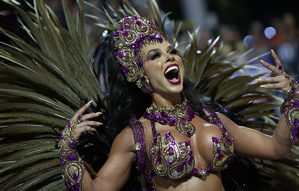 ფოტოები რიო-დე-ჟანეიროს კარნავალიდან | გალერეა