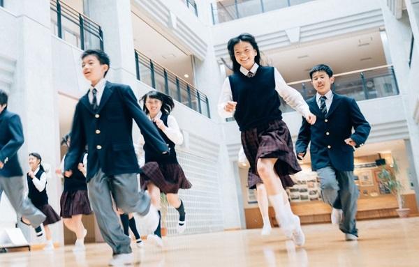 იაპონიაში სკოლები დაიხურა
