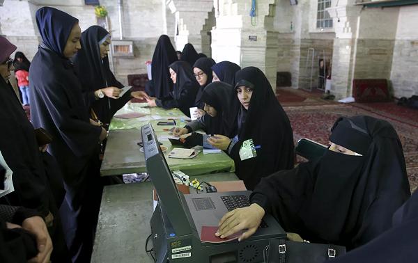ირანში საპარლამენტო არჩევნები მიმდინარეობს