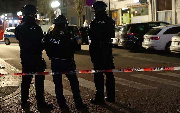 გერმანიაში თავდასხმას 9 ადამიანი ემსხვერპლა