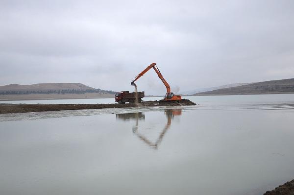 თბილისის წყალსაცავის პატარა ზღვის წყალმიმღებ კვანძს და არხს რეაბილიტაცია უტარდება