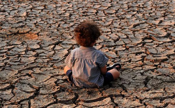კლიმატის ცვლილება საფრთხეს უქმნის ბავშვების მომავალს - გაეროს კვლევა