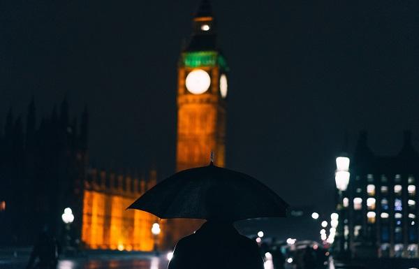 ბრიტანეთში კორონავირუსის წინააღმდეგ ნახევარ მილიონზე მეტი მოხალისე გაერთიანდა