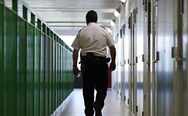 ბრიტანეთის ციხეში კორონავირუსის პირველი შემთხვევა დაფიქსირდა