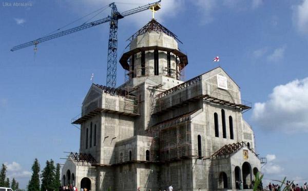 ზუგდიდის ღმრთისმშობლის სახელობის ტაძარი გაქურდეს