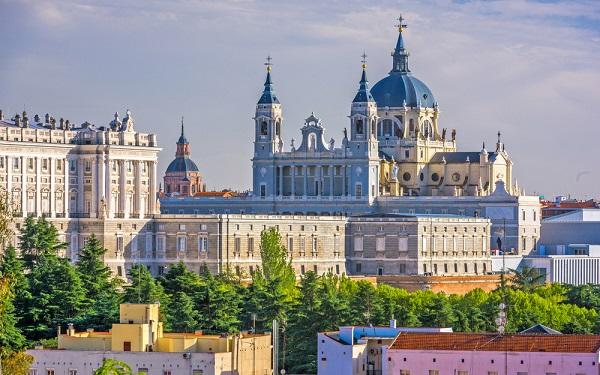ესპანეთში ყველა სასტუმრო დაიხურება
