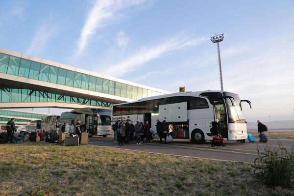 ტურიზმის ეროვნული ადმინისტაციის მიერ მოწყობულ საკარანტინო ზონებში ათენი-თბილისის რეისით ჩამოსული მგზავრები გადაიყვანეს