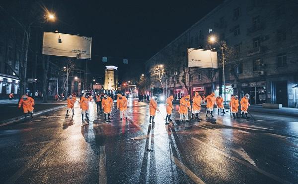 დედაქალაქის ქუჩები სადეზინფექციო საშუალებებით ირეცხება