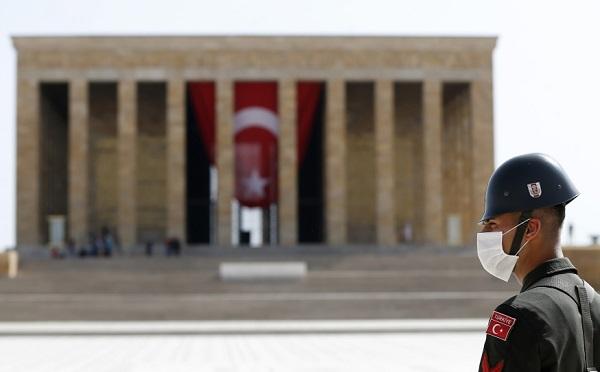 თურქეთმა ქალაქებს შორის გადაადგილებაზე დაწესებული შეზღუდვა 15 დღით გაახანგრძლივა