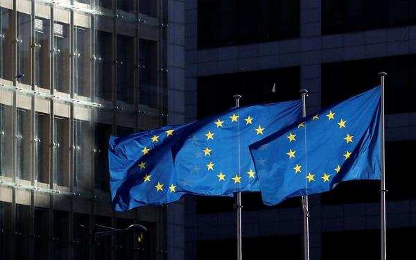ევროკომისია წევრ სახელმწიფოებს საზღვრების დახურვის 15 ივნისამდე გახანგრძლივებას ურჩევს