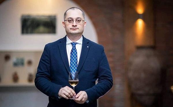 """ერთ-ერთი პოლიტიკოსის მიერ ქართული ღვინის საექსპორტო ფასის """"სამარცხვინოდ"""" შეფასება,  საზოგადოებაში ნიჰილიზმის დათესვას ემსახურება  - დავით ტყემალაძე"""