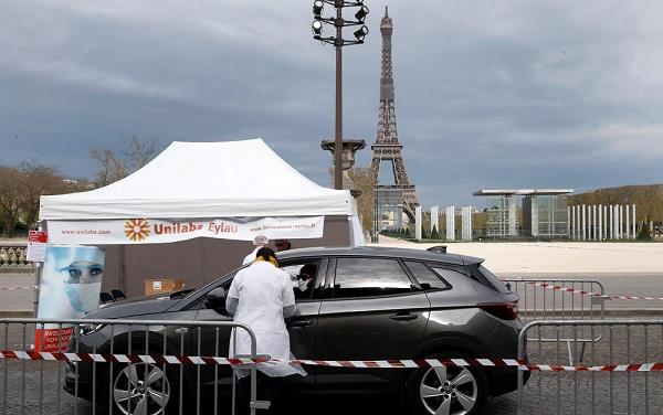 ბოლო 24 საათში, საფრანგეთში კორონავირუსით 70 ადამიანი გარდაიცვალა