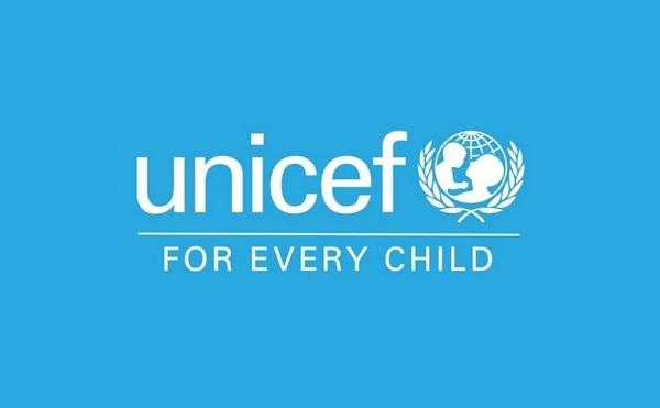 Unicef: საქართველოში 3-დან 17 წლამდე ასაკის 50 400 ბავშვს არ აქვს სახლში ინტერნეტი და კომპიუტერი