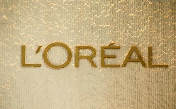 """L'Oreal-ი კანის მოვლის საშუალებების აღწერილობიდან სიტყვა """"გათეთრებას"""" ამოიღებს"""