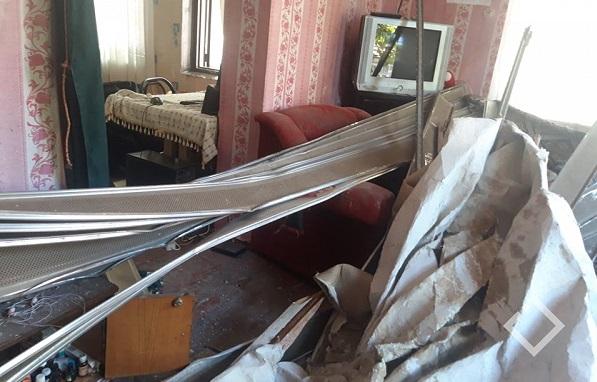 ბათუმში ავარიული სახლის ჭერი ჩამოინგრა