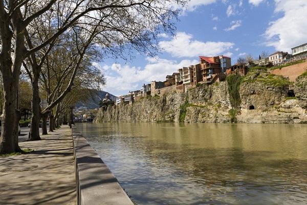 მდინარე მტკვრის დონე თბილისში, 1 დღით ბუნებრივ ნიშნულს დაუბრუნდება