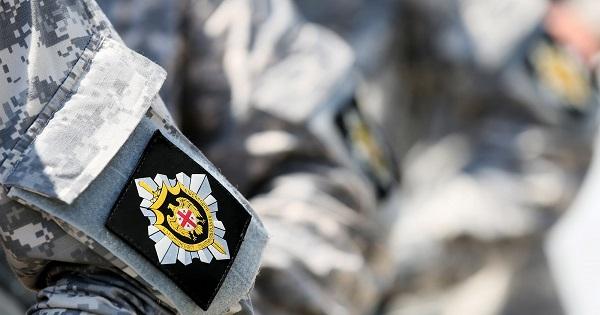 სახელმწიფო უსაფრთხოების სამსახურის ანტიკორუფციული სააგენტოს თანამშრომლებმა ერთი პირი დააკავეს