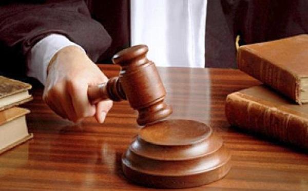 ნაფიც მსაჯულთა სასამართლოს ვერდიქტის საფუძველზე განზრახ მკვლელობაში ბრალდებულს 10 წლით თავისუფლების აღკვეთა მიესაჯა