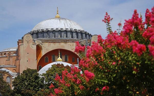 შეერთებული შტატები თურქეთს მოუწოდებს, აია სოფია მუზეუმად დარჩეს