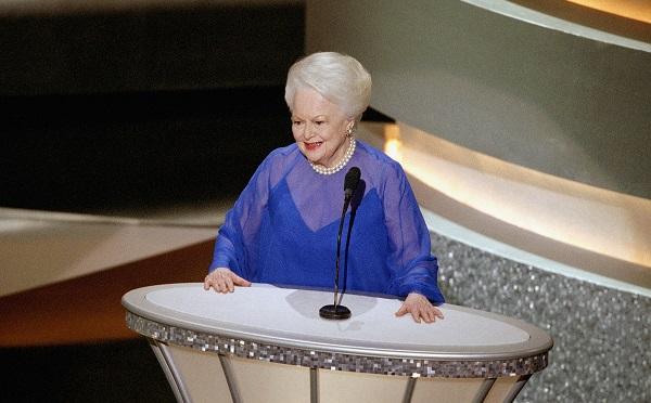 104 წლის ასაკში, ოლივია დე ჰევილენდი,