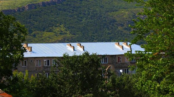 გლდანის რაიონში სახურავების რეაბილიტაცია წელს  34 მისამართზე განხორციელდა