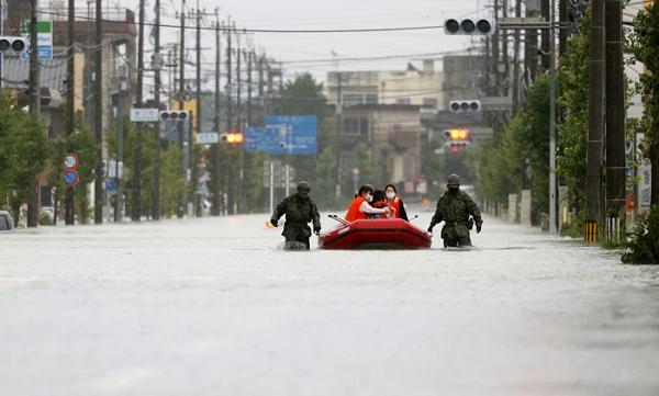 იაპონიაში ძლიერი წვიმის შედეგად 52 ადამიანი დაიღუპა