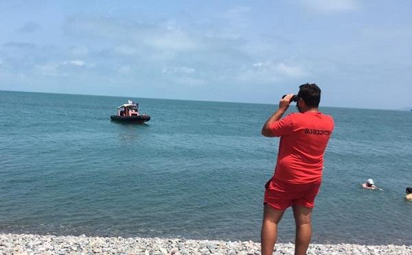 მაშველებმა შავი ზღვის სანაპირო ზოლზე 8 ადამიანი გადაარჩინეს