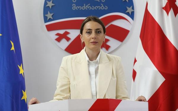 პრემიერ-მინისტრი რეალურ პოლიტიკურ ფიგურას არ წარმოადგენს, ჩვეულებრივი საპნის ბუშტია - ხატია დეკანოიძე