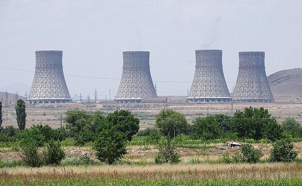 აზერბაიჯანს შეუძლია სარაკეტო დარტყმები მიაყენოს სომხეთის ატომურ ელექტროსადგურს - თავდაცვის სამინისტროს წარმომადგენელი