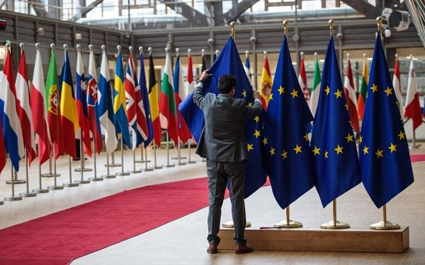 ევროკავშირის ლიდერები შეთანხებას ვერ ახერხებენ - სამიტი კიდევ ერთი დღით გახანგრძლივდა