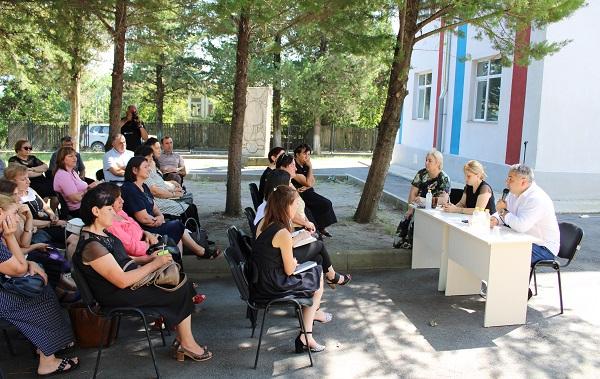 თერჯოლის მუნიციპალიტეტის მერის მოვალეობის შემსრულებლის ლაშა გოგიაშვილის ინიციატივით სკოლების დირექტორებთან შეხვედრა გაიმართა