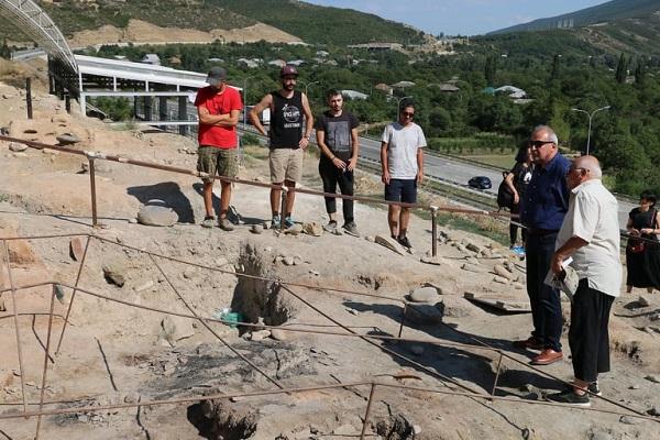 არქეოლოგიურმა ექსპედიციამ გრაკლიანი გორაზე ახალი არქეოლოგიური არტეფაქტები აღმოაჩინა