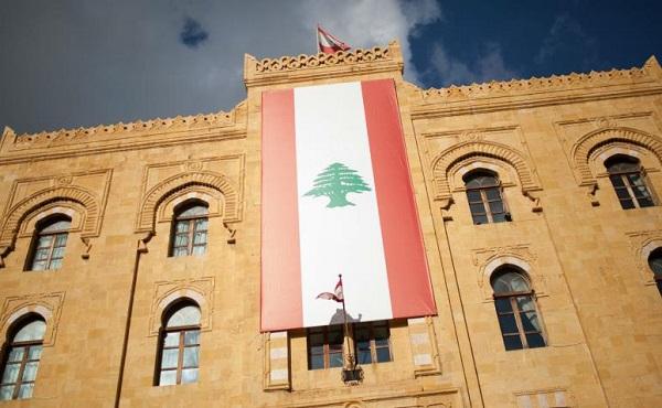 ლიბანის მთავრობა გადადგა