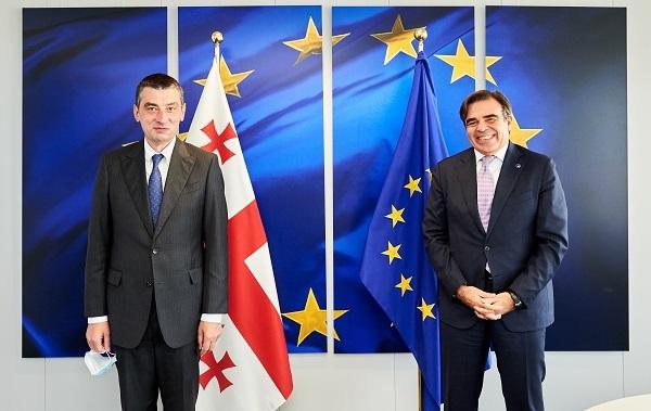 ევროკომისიის ვიცე-პრეზიდენტმა გიორგი გახარიასთან შეხვედრაზე საქართველოში განხორციელებულ რეფორმებს მაღალი შეფასება მისცა - პრესსამსახური