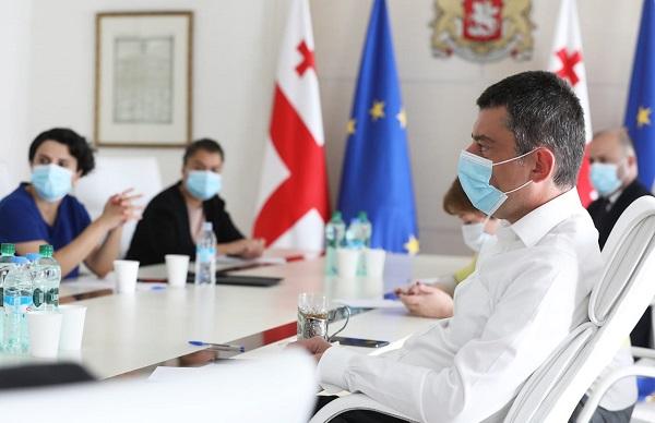 საქართველოში არსებული ეპიდემიოლოგიური მდგომარეობა და მსოფლიოში მიმდინარე ტენდენციები პრემიერ-მინისტრმა საკოორდინაციო საბჭოს წევრებთან სამუშაო შეხვედრაზე განიხილა