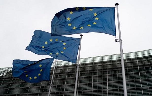 ევროკავშირი სანქციებს პუტინის გარემოცვის წევრებს უწესებს
