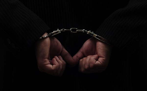 პოლიციამ ქუთაისში ძალადობის ბრალდებით ერთი პირი ცხელ კვალზე დააკავა