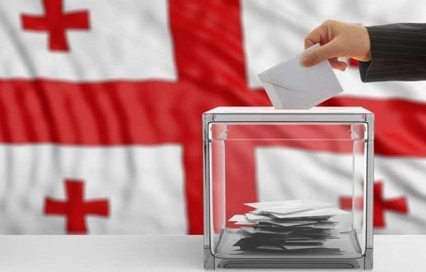 საპარლამენტო არჩევნები - ამომრჩეველმა არჩევანი 50 საარჩევნო სუბიექტს - 48 პარტიასა და 2 ბლოკს შორის უნდა გააკეთოს