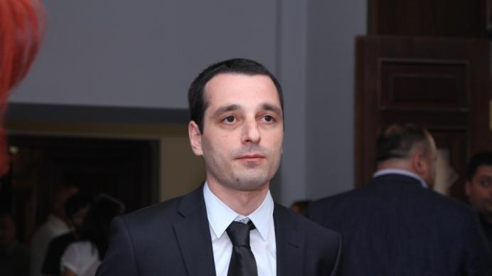 მომავალი წლის  ბიუჯეტის პროექტი არის ქართული ოცნების მიერ შემოთავაზებული მორიგი ბიუროკრატიული თავგასულობა - ირაკლი აბესაძე