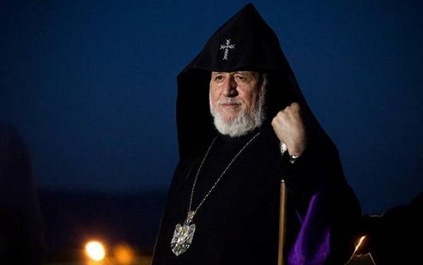 სრულიად სომეხთა კათოლიკოსი გარეგინ II ნიკოლ ფაშინიანს გადადგომისკენ მოუწოდებს